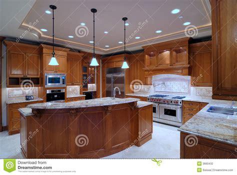 grande cuisine americaine grande cuisine ouverte photographie stock image 3660432