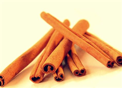 Cinnamon Dalchini Based Home Remedies by Buy Cinnamon Dalchini Attar Ayurveda