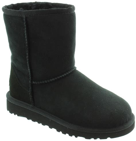 ugg boots for black ugg boots black size 4