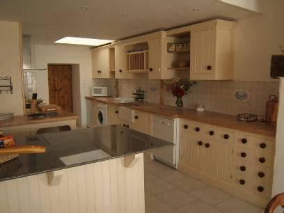 about us your kitchen tailor tailor made kitchens direct