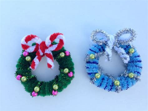 how to make a pipe cleaner christmas wreath 2 00