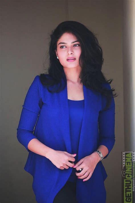 sakka podu podu raja actress vaibhavi shandilya latest hd