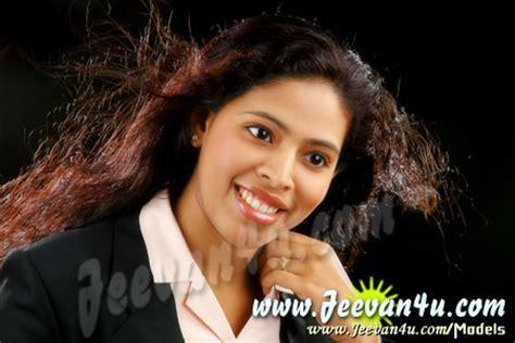 Kerala Models PRIYA Kerala Model Girl Photo Gallery