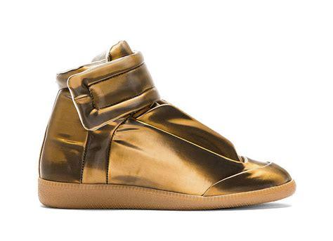 high top sneakers for thug birdman wearing mmm high top sneakers in