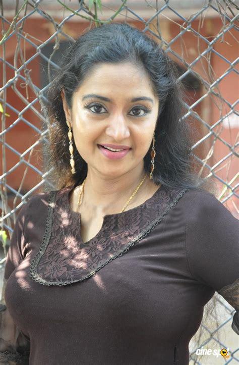 malayalam heroins video charmila malayalam actress huge boobs big boobs natural