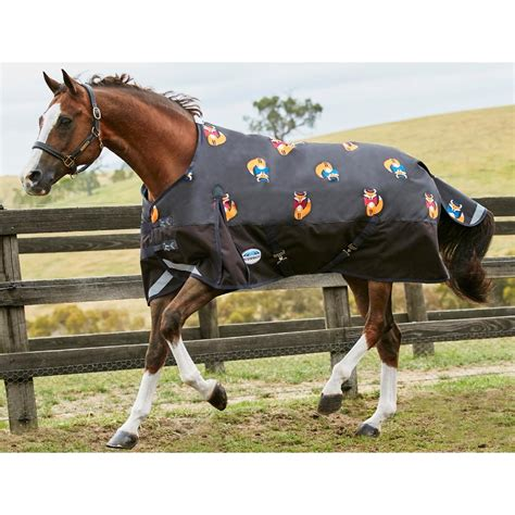 middleweight turnout rugs weatherbeeta comfitec plus dynamic standard medium fox print middleweight turnout rug