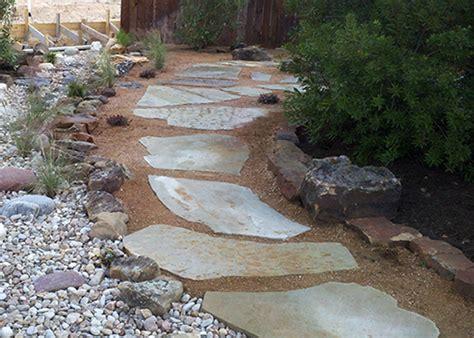 decomposed granite hardscape and masonry articles