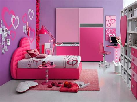 how to make a barbie doll bedroom 25 best ideas about homemade barbie house on pinterest