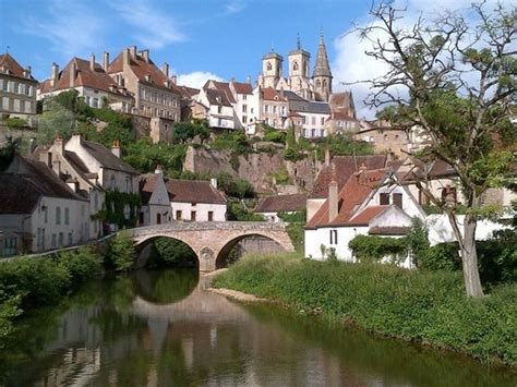 Office Tourisme Semur En Auxois by Semur En Auxois Photo De Office De Tourisme Semur En