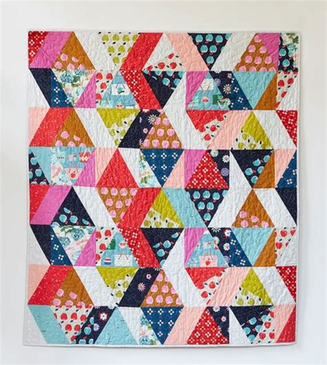 Free Modern Quilt Pattern by Best 25 Picnic Quilt Ideas On Jelly Roll