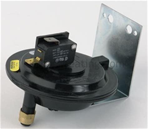hayward heatpro pool heater model hp 2100 parts4heating raypak 601212 power vent pressure switch