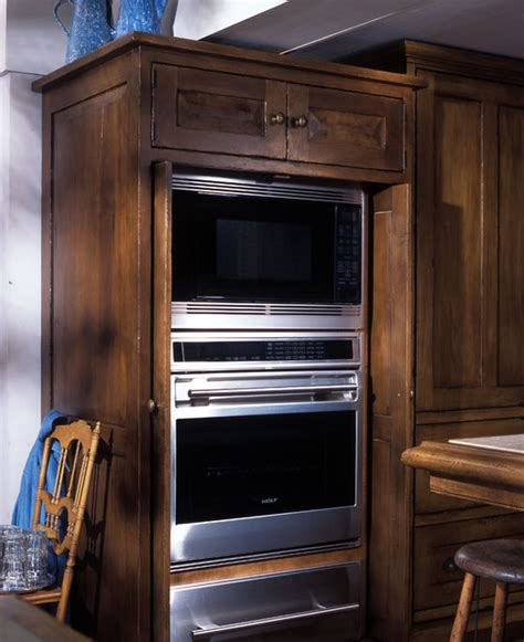 Oven Cabinet Design by Oven Cabinet Traditional Kitchen By Lankford Design
