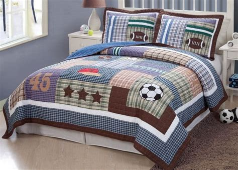 Sport Bed Sets 17 Best Images About Sports Theme Bedding For Boys On Pinterest Sports Quilt And Quilt