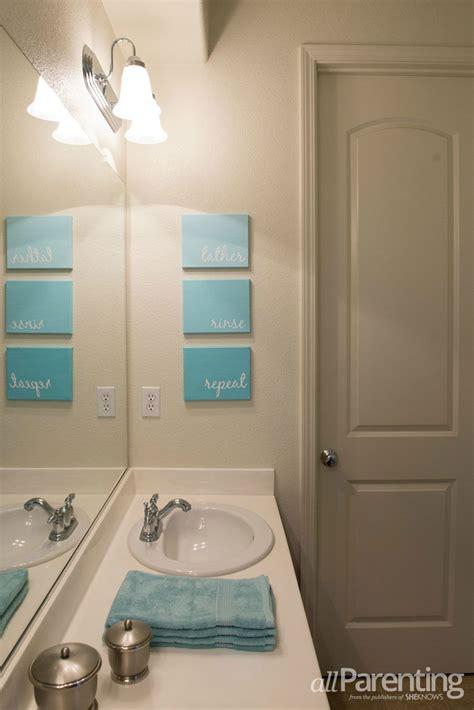 diy bathroom paint ideas 10 diy cool and chic decoration ideas for bathrooms 5 paint bathroom canvas diy