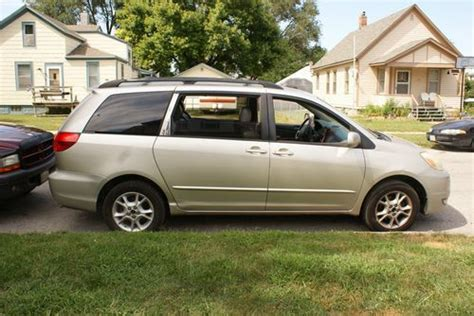 auto air conditioning repair 2004 toyota sienna parking system find used 2004 toyota sienna xle mini passenger van 5 door 3 3l rare awd no reserve in council