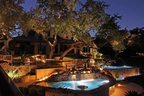 halo outdoor lighting outdoor lighting showcase halo outdoor