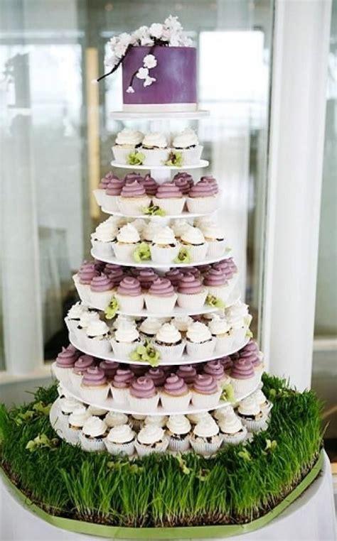 Hochzeitstorte Und Cupcakes by Cupcake Hochzeitstorte Wedding Deluxe Ihr