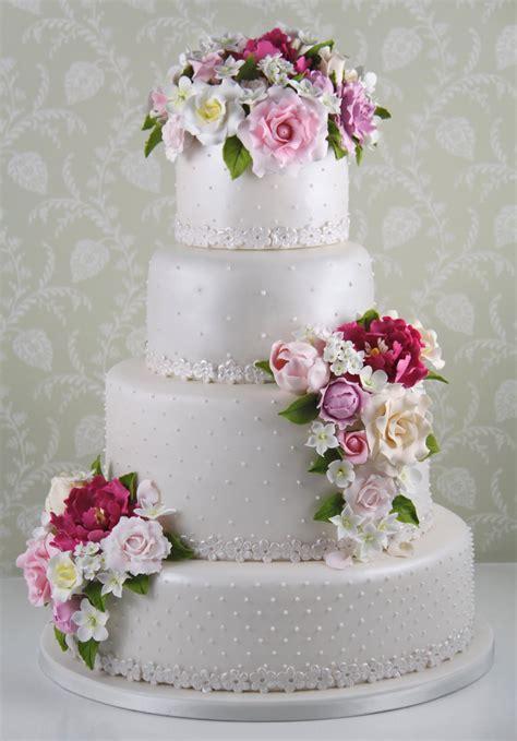 tartas en flor el pasteles con flores comestibles