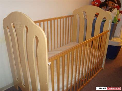 stork craft baby crib storkcraft crib hernandezlucia list4all