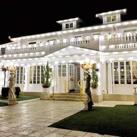 white house restaurant romantic date night at the anaheim white house oc mom dining
