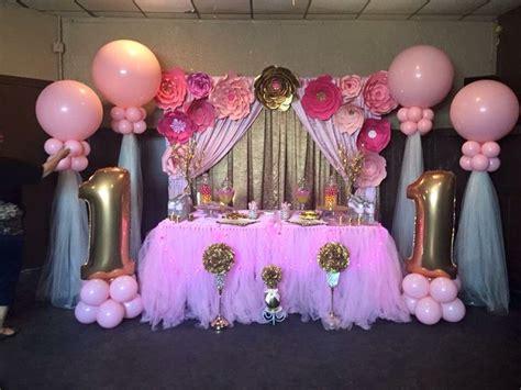 decoracion rosa y dorado bautizo para ni 241 a decoraciones rosadas cumplea 241 os para