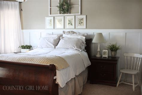 wainscoting in bedroom country girl home wainscoting tutorial