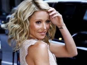 ripa new hairstyle damon cool picture kelly ripa cuts her hair beauty