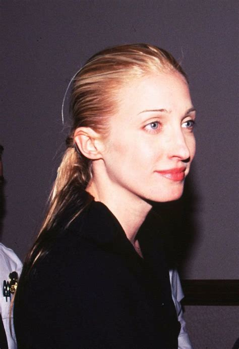 carolyn kennedy carolyn bessette generally wore black or white and her
