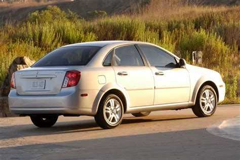 Suzuki Forenza 2008 Review 2007 Suzuki Forenza Reviews Specs And Prices Cars