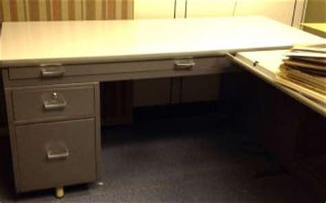 hamilton a torque drafting table 2752 hamilton 28j854 electric drafting table on popscreen