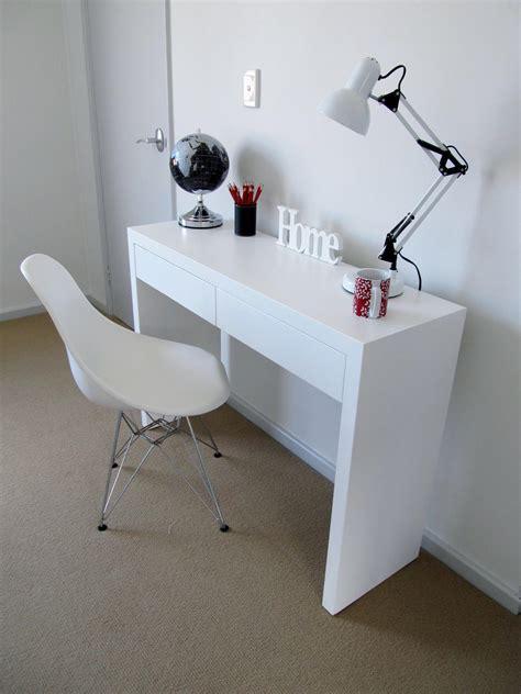 White Bedroom Desk Furniture   Raya Furniture