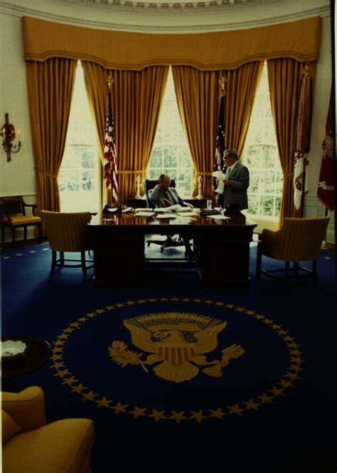 oval office gold curtains 100 oval office gold curtains white house oval