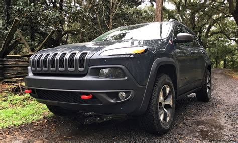 trailhawk jeep 2017 2017 jeep cherokee trailhawk hd road test review plus 2
