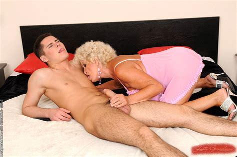 babe today lusty grandmas effie regular mature pussy porno
