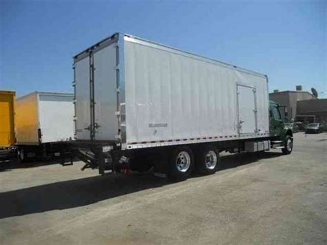 26 Foot Box Truck With Sleeper by Freighliner 26ft Refrigerated Box Truck Cab Sleeper