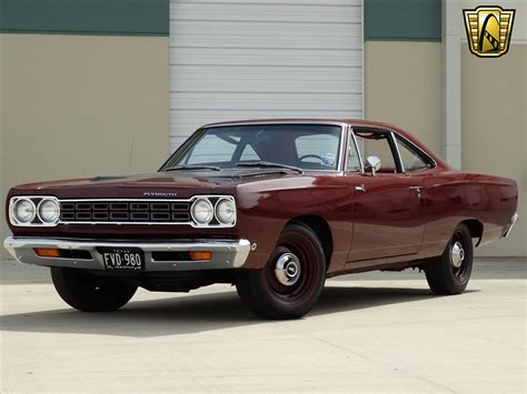 best classic top 10 coolest classic cars of all time carsforsale