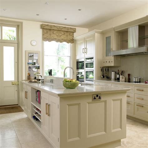 cream kitchen cabinets what colour walls new home interior design traditional kitchen