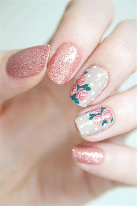 Detoxing From Fingernails by 25 Best Ideas About Floral Nail On