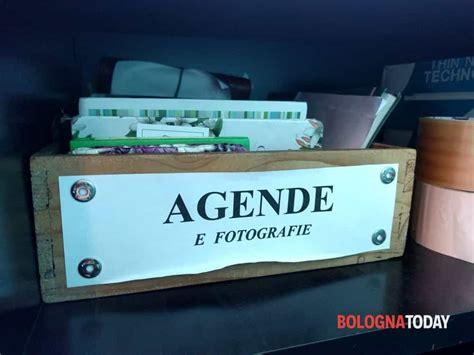 ufficio oggetti smarriti bologna ufficio oggetti rinvenuti le foto dei pi 249 smarriti