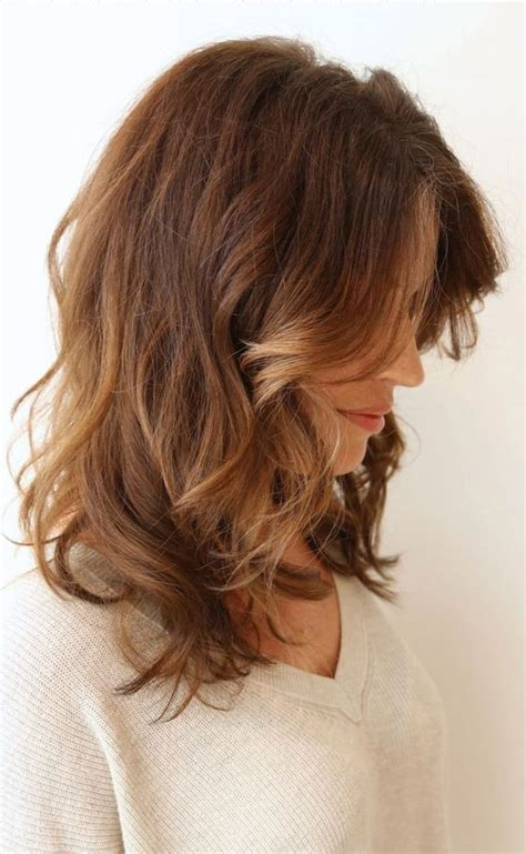 growing hair to midlenght mid length fashion inspiration and street fashion on