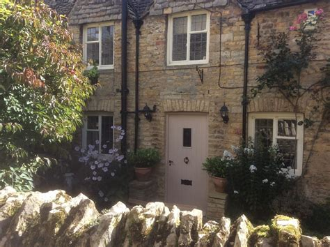 bourton cottage bourton on the water uk booking