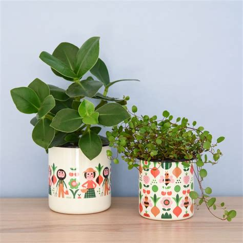 design of flower pot leo bella omm design enamel flower pot gardener set of 2