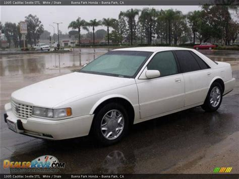 White 1995 Cadillac Seville Sts 1995 Cadillac Seville Sts White Shale Photo 3