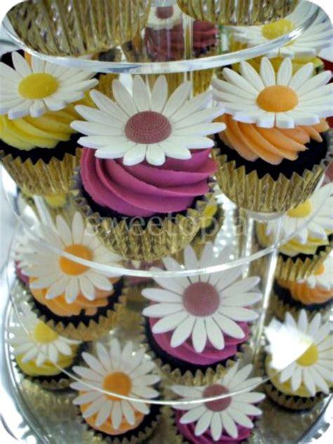 fall cupcake ideas decorating fall favorite cupcake cookie ideas sweetopia
