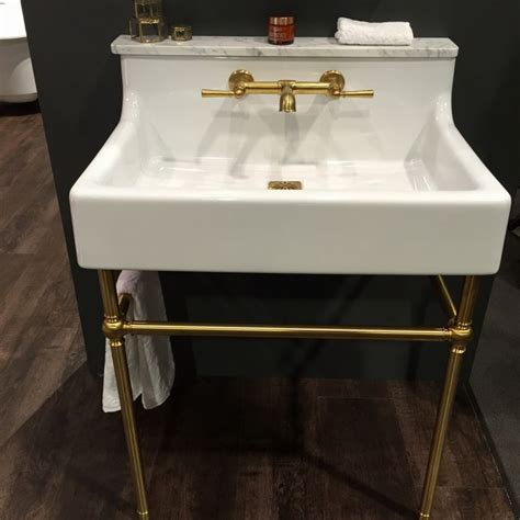 Kitchen Sink Trends The Dxv American Standard Oak Hill Console Sink Is Charming And Pairs Well With Brass