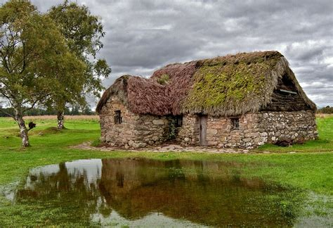Cottage Scotland by File Leanach Cottage Culloden Moor Jpg Wikimedia Commons
