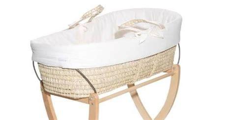 culla vimini picci prezzi l attrezzatura necessaria quando nasce un bambino unadonna