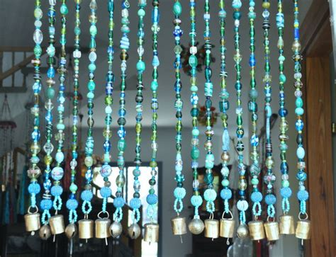 how to hang a beaded curtain 25 best ideas about hanging door beads on pinterest
