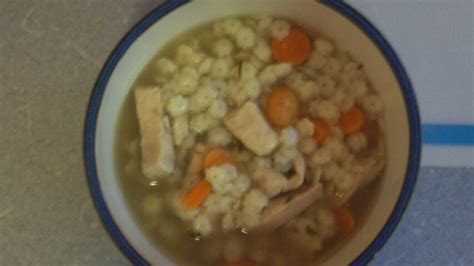homestyle chicken noodle soup recipe from cdkitchen com