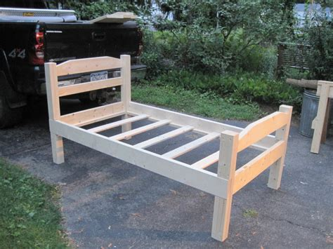 how to make a bed frame how to build a twin bed frame
